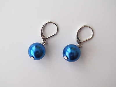 228 Náušnice modrá perla